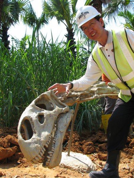 No todos los dinosaurios de Universal Studios Singapore intentarán comerte o atacarte, también habrán zonas con calaveras y fósiles...