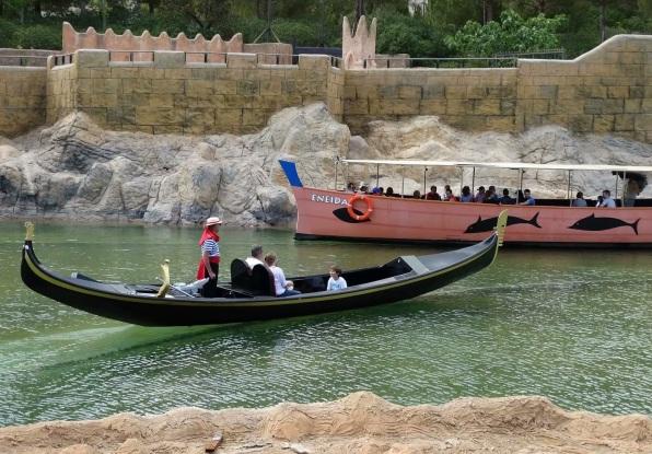 ¿Nuevas góndolas en el lago de Terra Mítica?